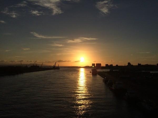サザンゲートブリッジからの夕日