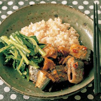 サンマのみそ煮 小松菜炒め