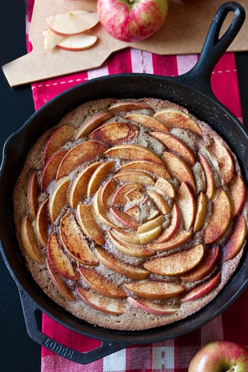 ブラウンシュガーシナモンアップルケーキ