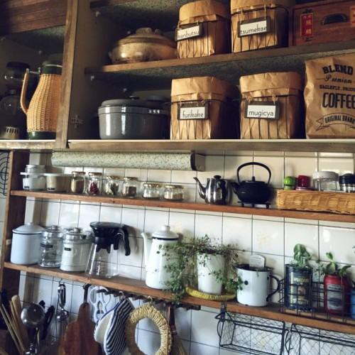 キッチン 隠す収納